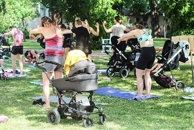Äitipiirin puistopilateksessa oli ihana tunnelma!