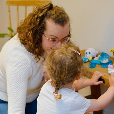Kasvat – Varhaiskasvatuksen aloituspaketti (Kun lapsi aloittaa päivähoidon)