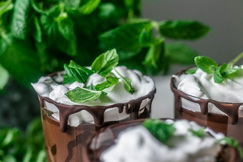 Rakastatko minttua ja suklaata? Kokeile täyteläistä smoothietamme!