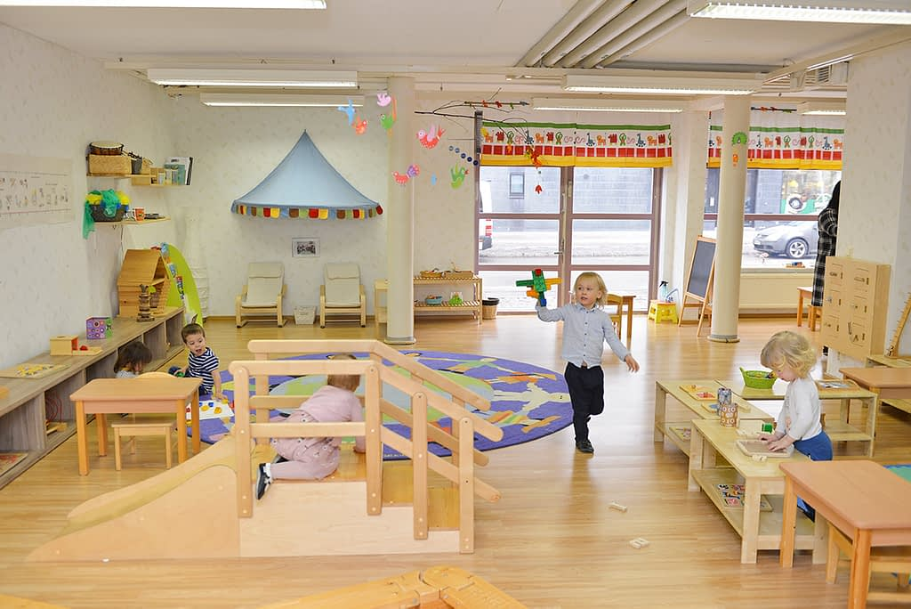 Ruoholahdessa sijaitseva Montessori Community on englanninkielinen päiväkoti.