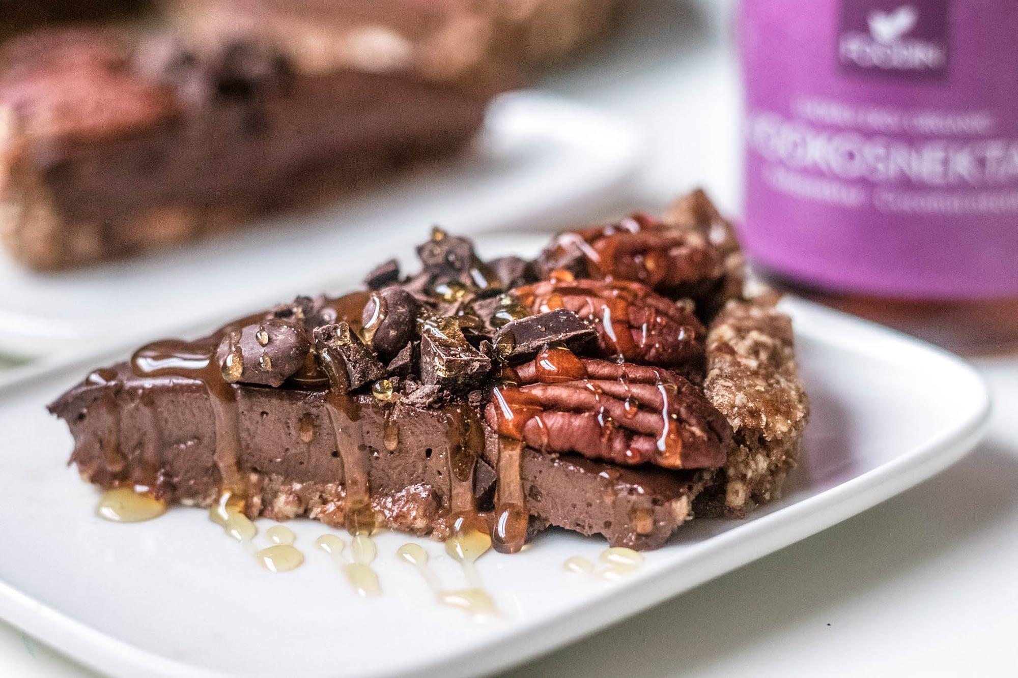 Mokka-suklaapiiras on täyteläinen herkku.