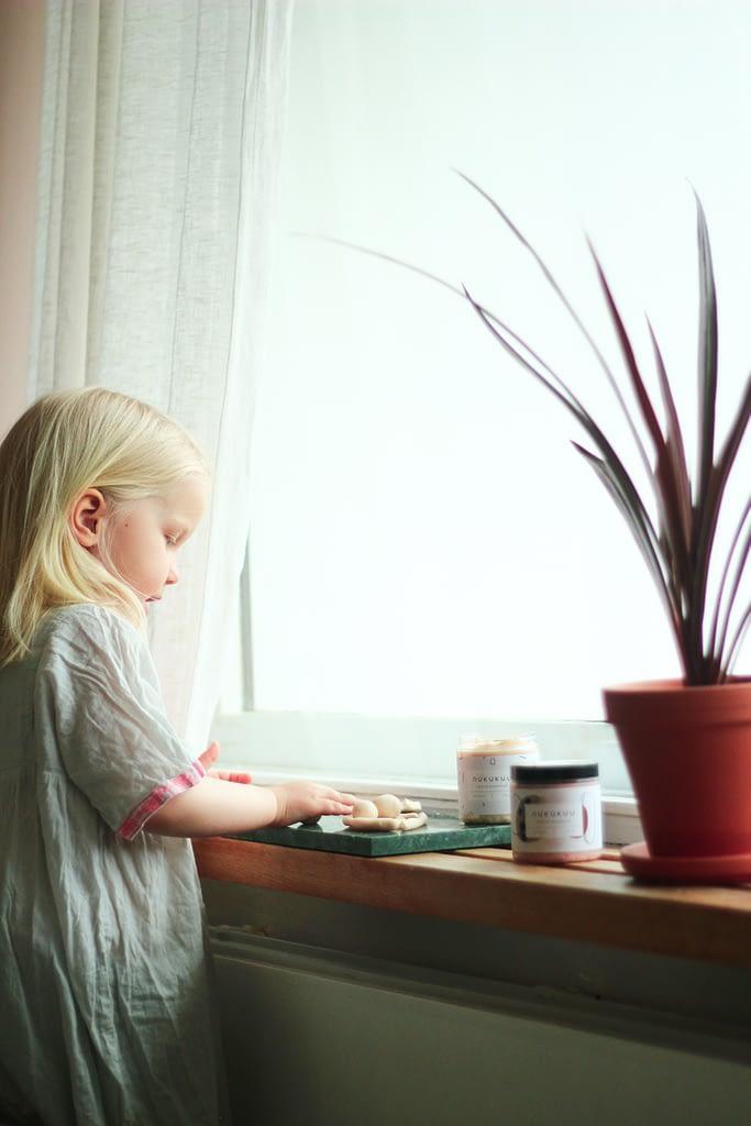 äitien-perustamia-yrityksia-nukukuu-muovailuvaha