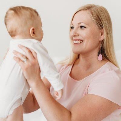 Saat nyt myös äidin palveluita Äitipiiristä!