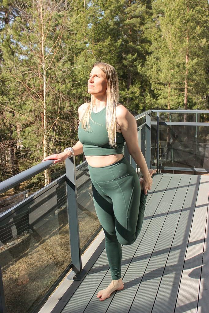 Compressive leggingsit antavat ihanan tuen lenkillä tai muussa urheilussa.
